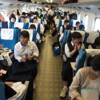 新幹線が発車
