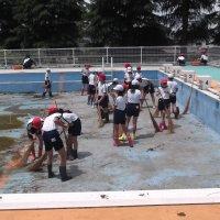 5月22日(水)プール掃除