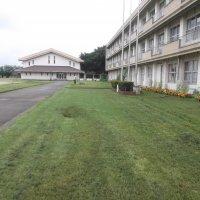 7月13日(月)グリーンベルトの除草作業